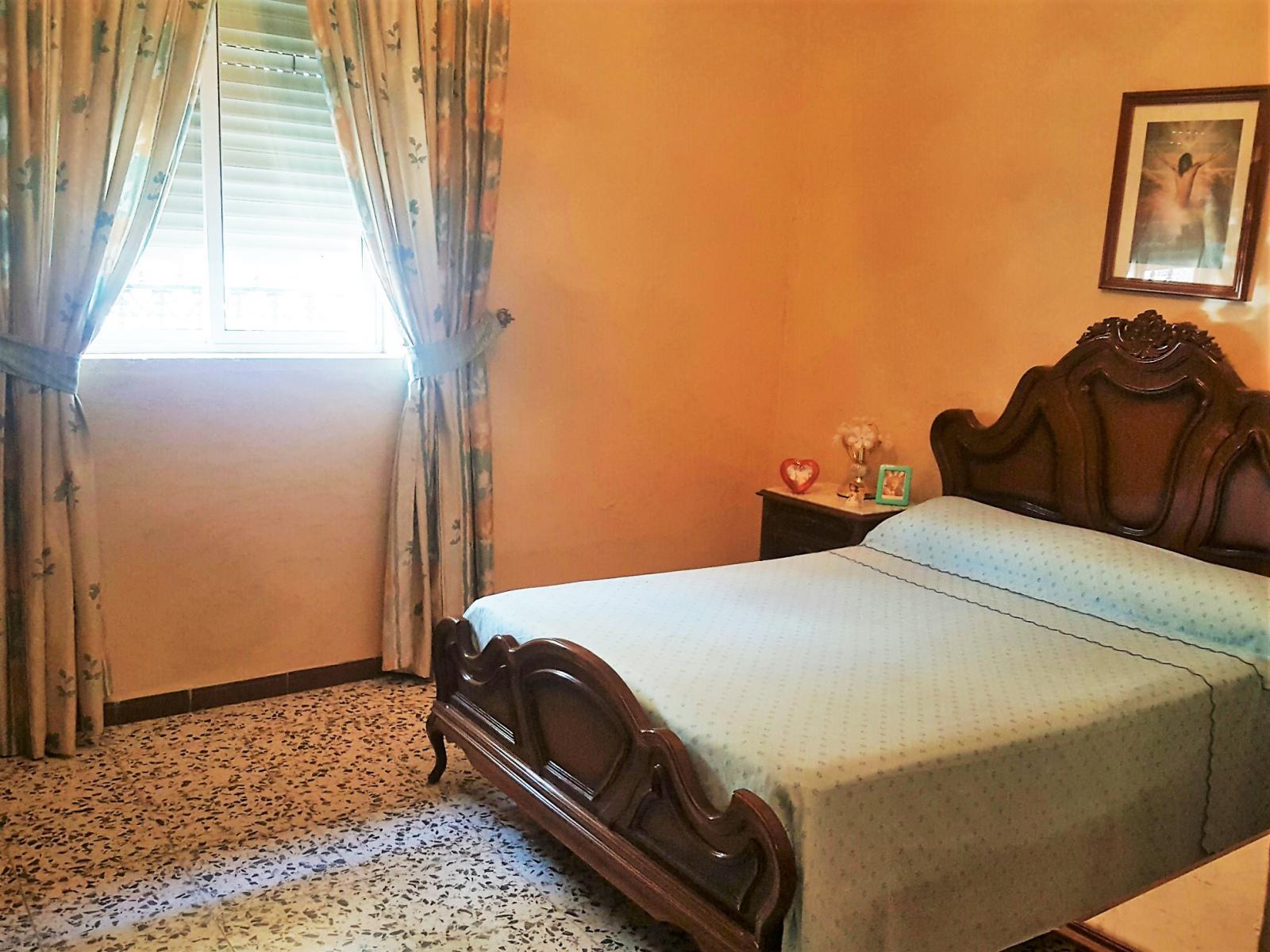 Muebles Puente Genil Dormitorio Clsico Bar En Los Arenales  # Muebles Serrano Puente Genil